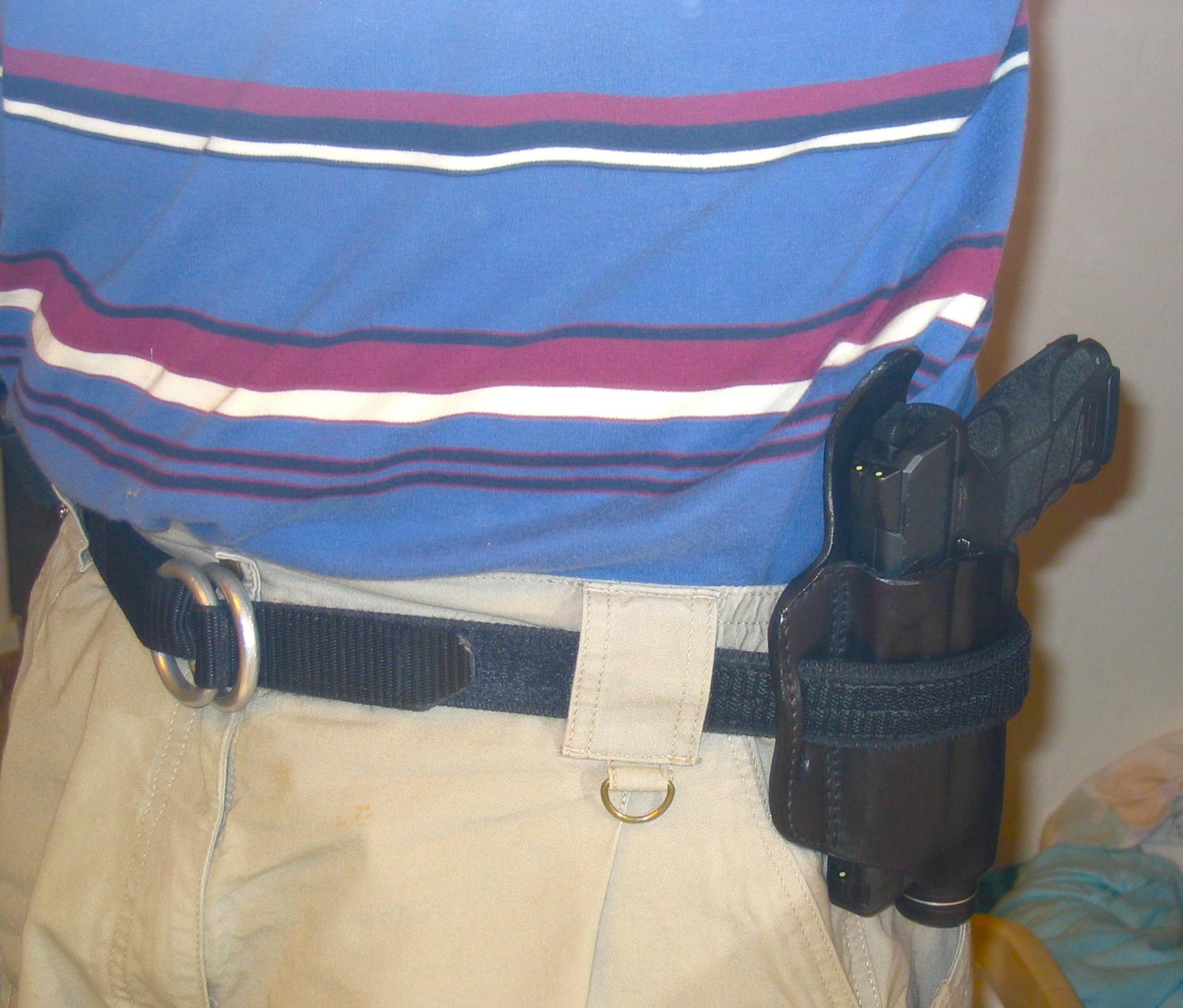 """Little Bear """"belt-over"""" tac light/pistol combo.-dc-2.jpg"""