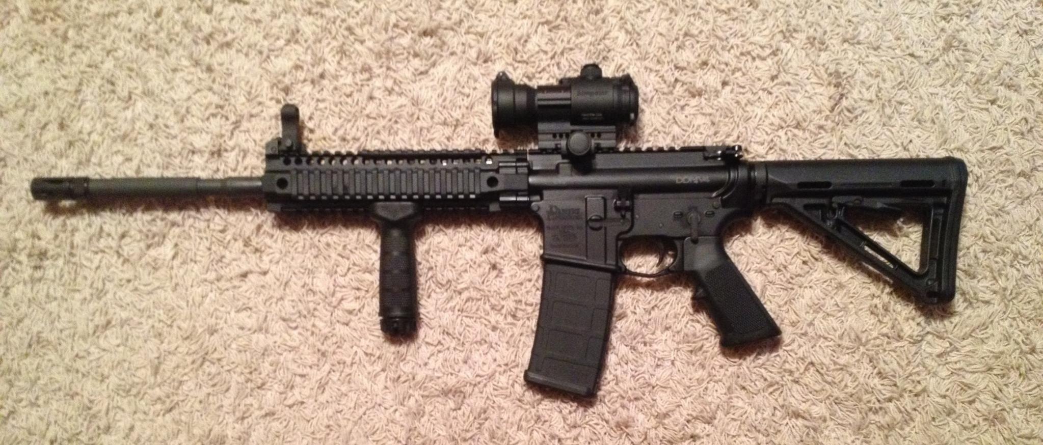 My new toy: Daniel Defense M4-ddm4.jpg