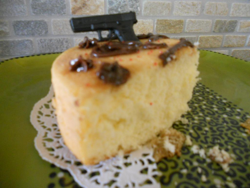 I baked a cake!-dogonlakecake-019.jpg