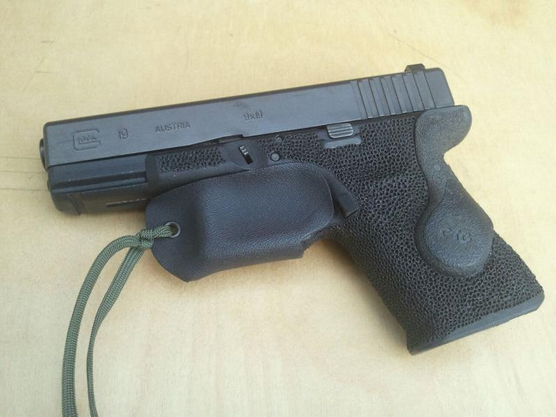 Finished my glock but.....LOL...-downloadfile-3.jpg