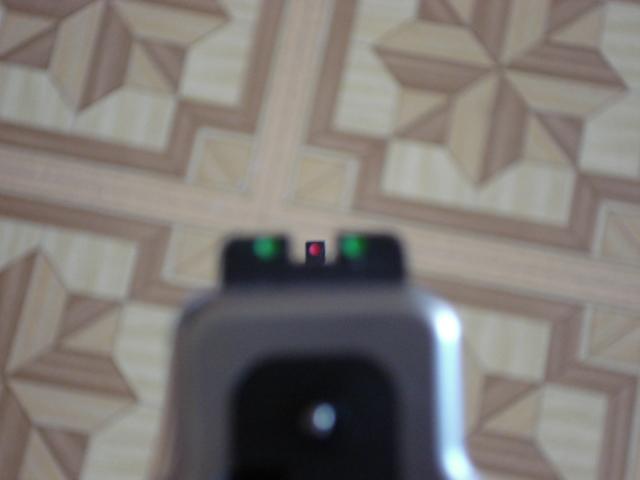 Anyone else hate the XD sights?-dsc00003.jpg