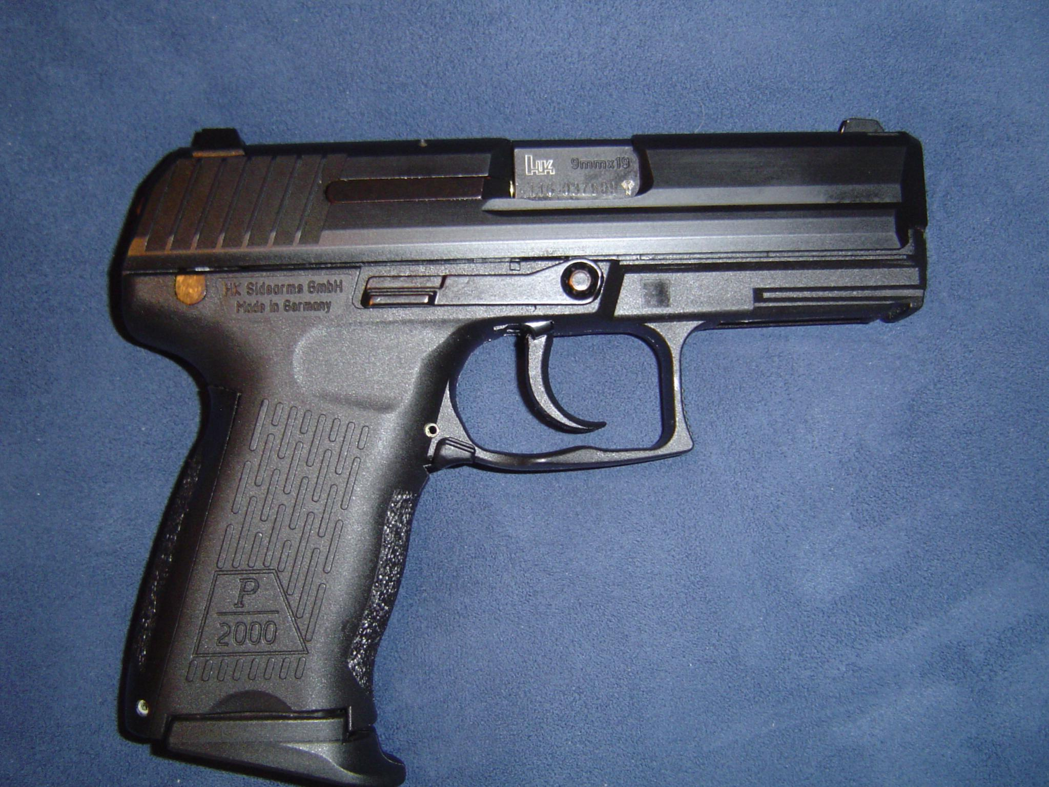 My new carry gun. HK P2000 V2-dsc00019.jpg