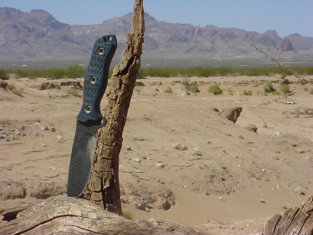 Scrap Yard Knives-dsc00063-large-.jpg