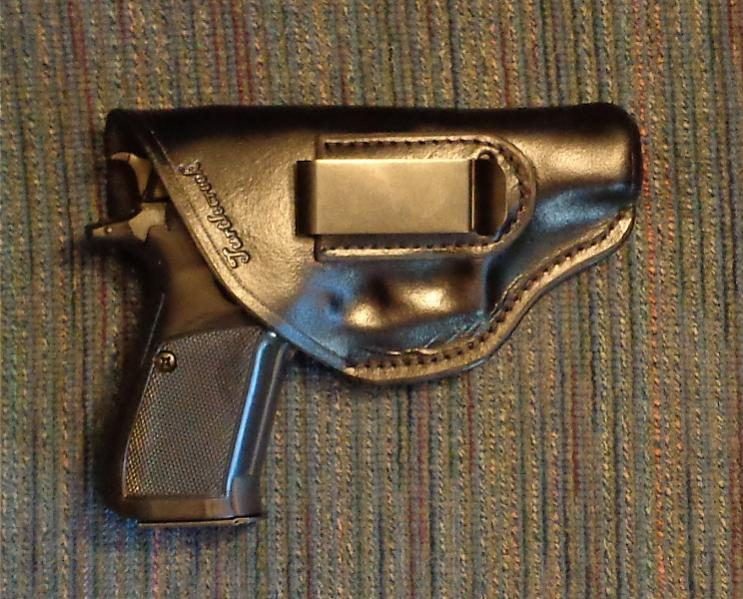 Turtlecreek Leather IWB for CZ-83/82-dsc00071.jpg