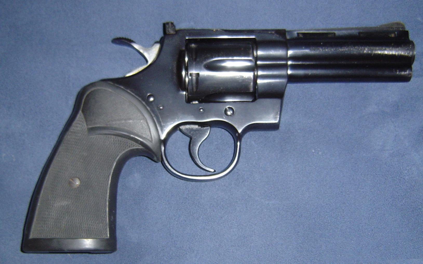 1977 Colt Python-dsc00105.jpg