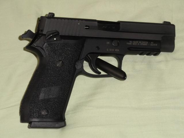 "The ""ONE"" - Sig P220 SAO-dsc00143.jpg"