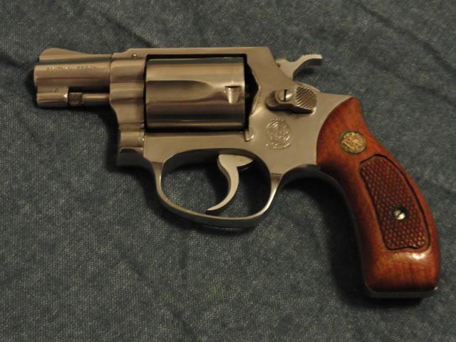 S&W model 60-dsc00196.jpg
