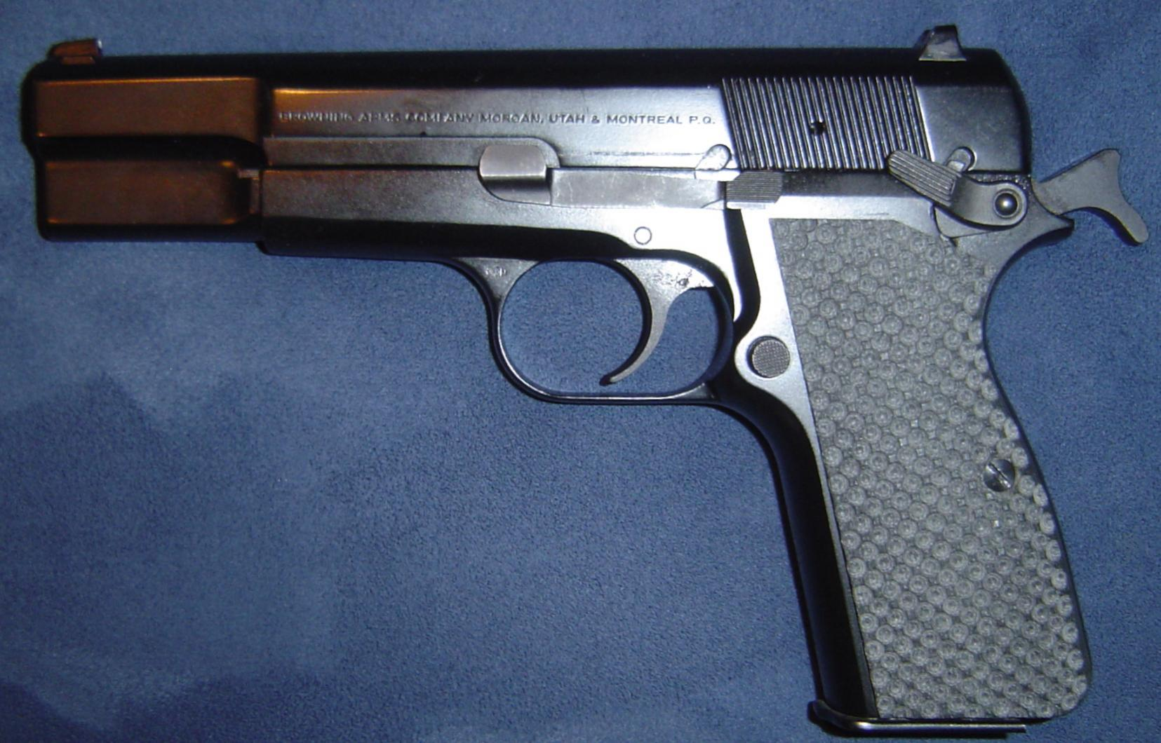 My Browning Hi Power MKIII-dsc00292.jpg