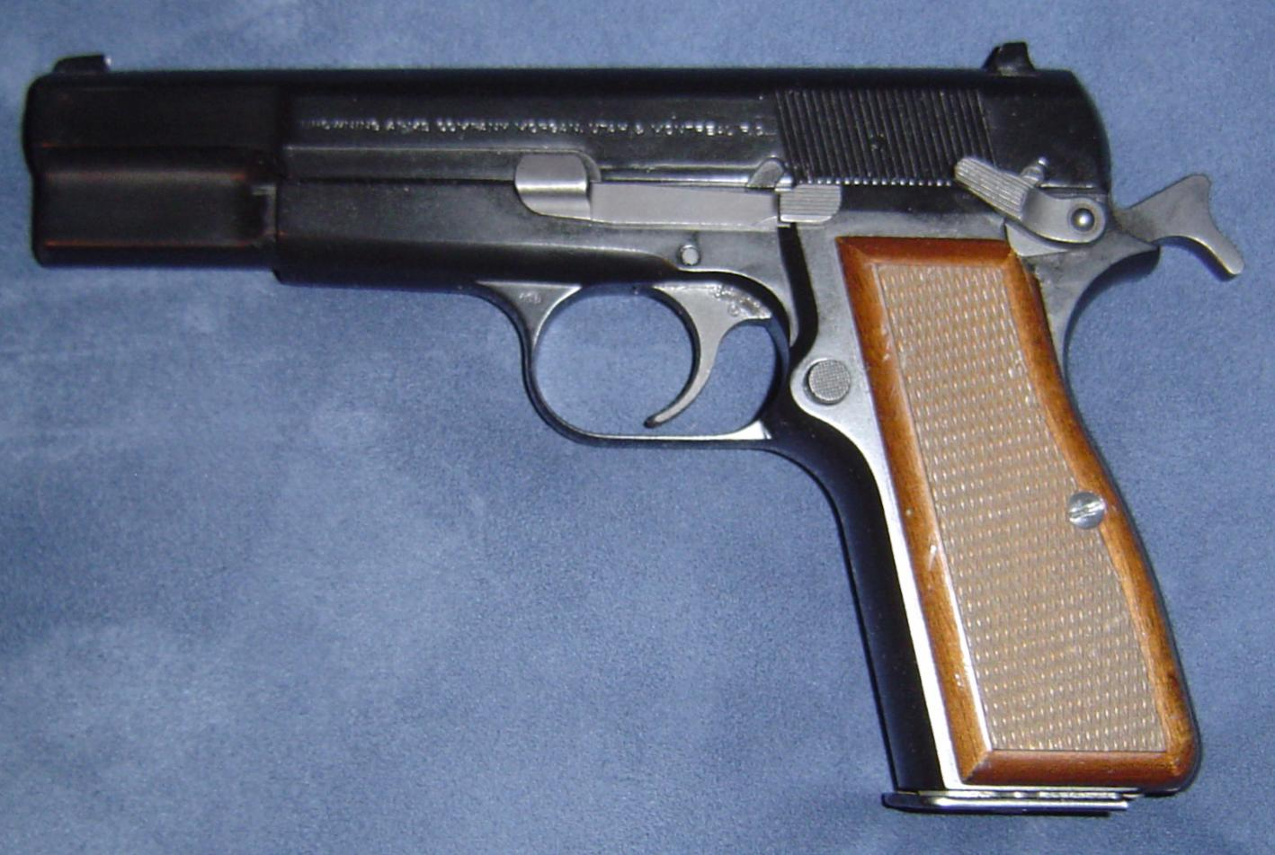 My Browning Hi Power MKIII-dsc00297.jpg