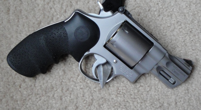Revolvers -- 7 or 8rd, high performance, concealable-dsc00329.jpg
