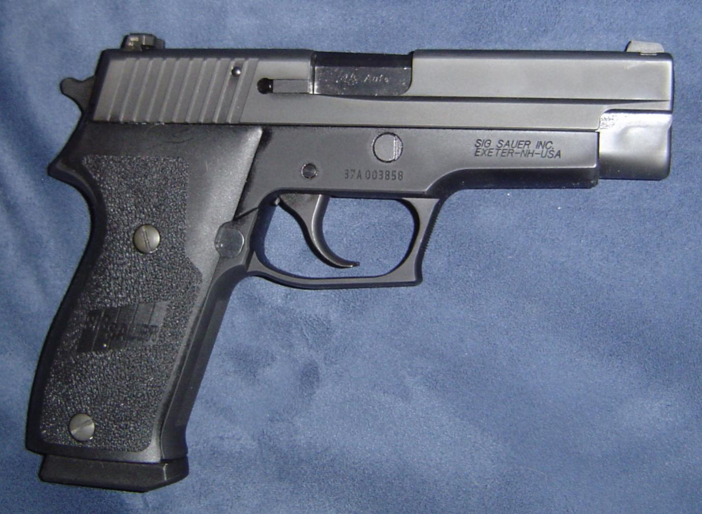My Sig P220-dsc00438.jpg