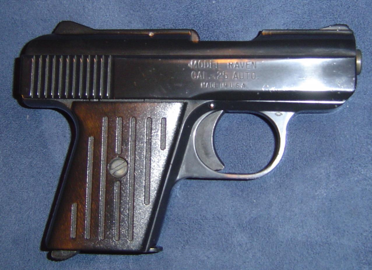 Does any one here carry a 25 acp.-dsc00465.jpg