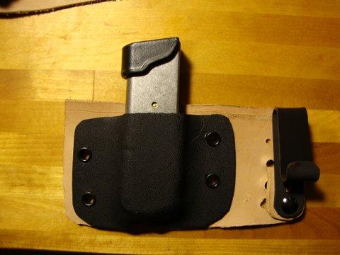 Adjustable & Tuckable Hybrid Holsters-dsc00694-2-.jpg