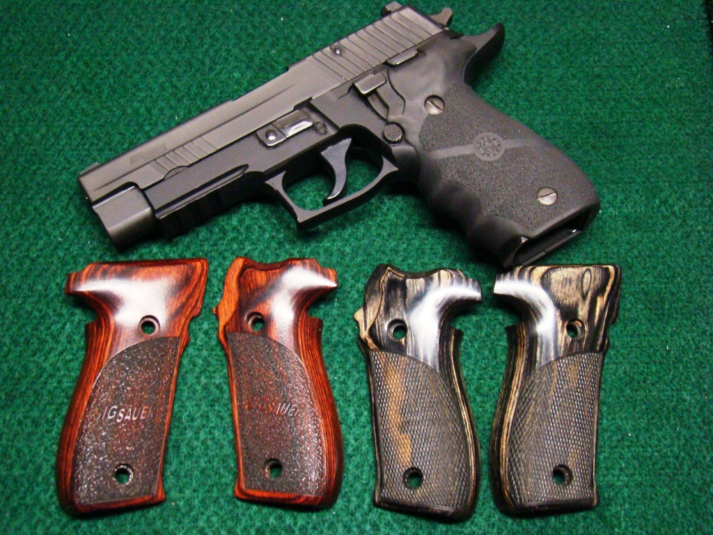show me your SIG grips!!-dsc01028.jpg