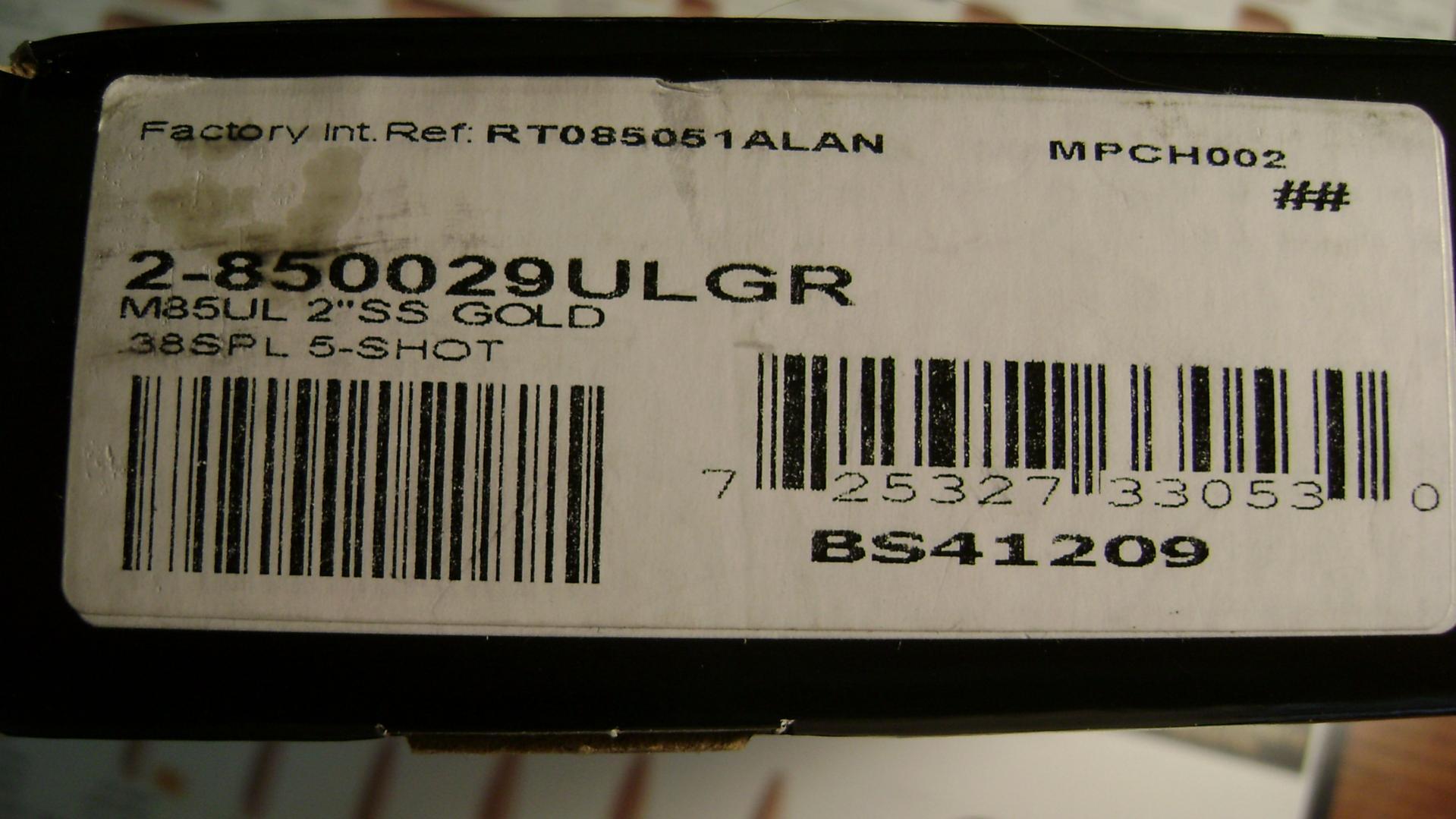 F/S Taurus Ultralight Gold edition .38+P New in Box!-dsc01044.jpg