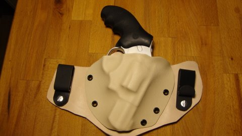 IWB Hybrid Holster for the Ruger SP101-dsc01137.jpg