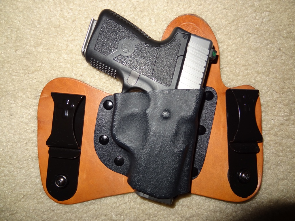What do you carry?-dsc01505-copy.jpg
