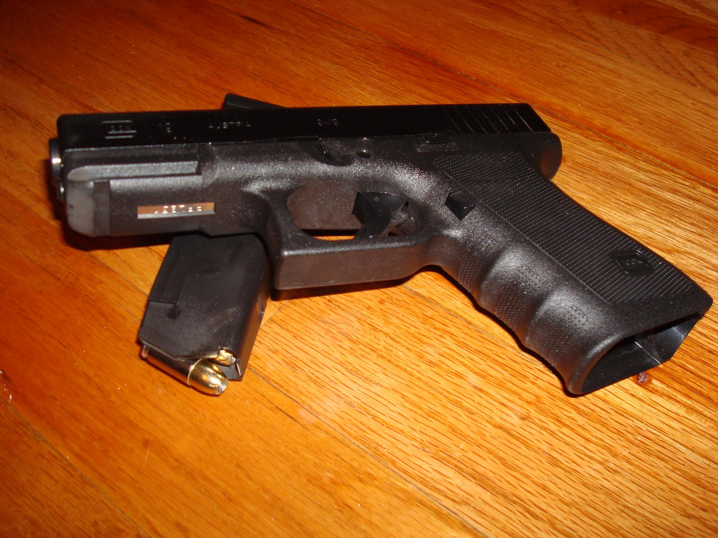 +120 Round down range through the Glock 19-dsc01674.jpg