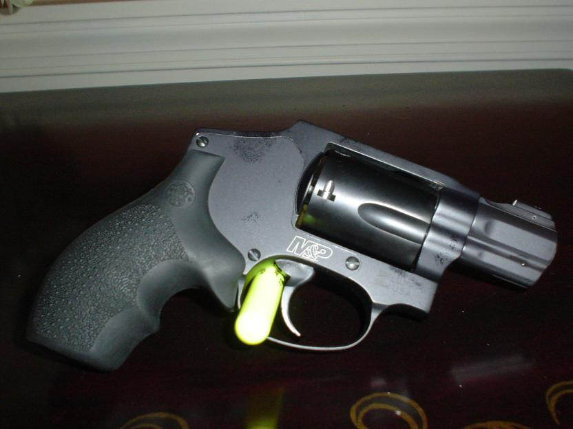 First Revolver M&P 340 snub.-dsc02509.jpg