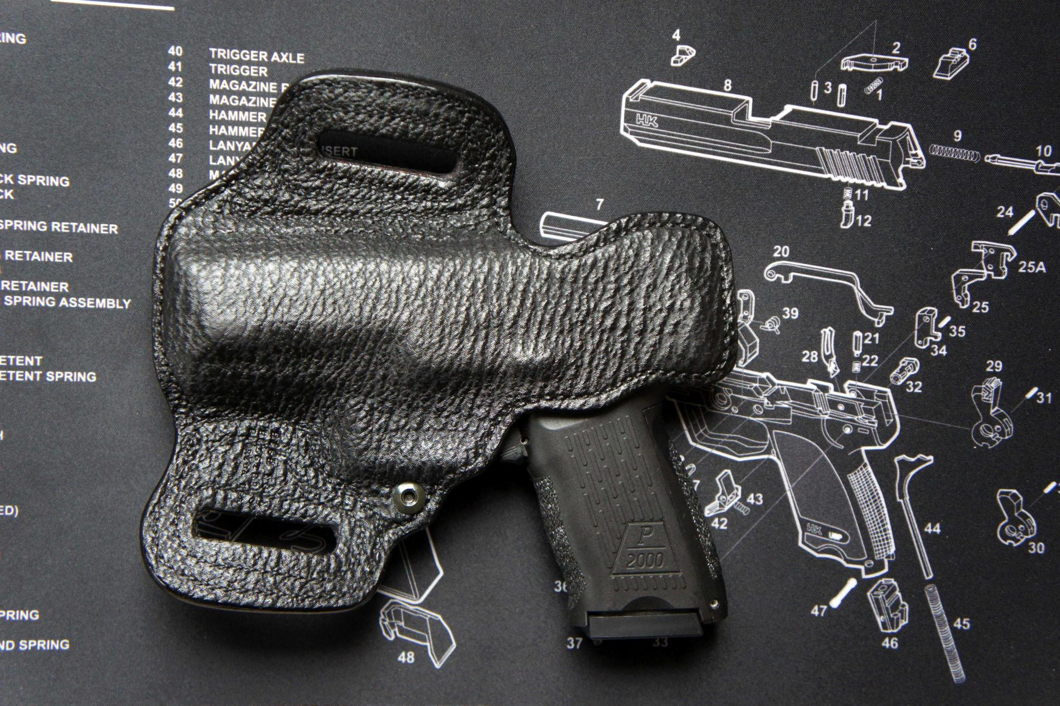 Still Pondering Leather OWB for Glock 26-dsc04175_lores_cr.jpg