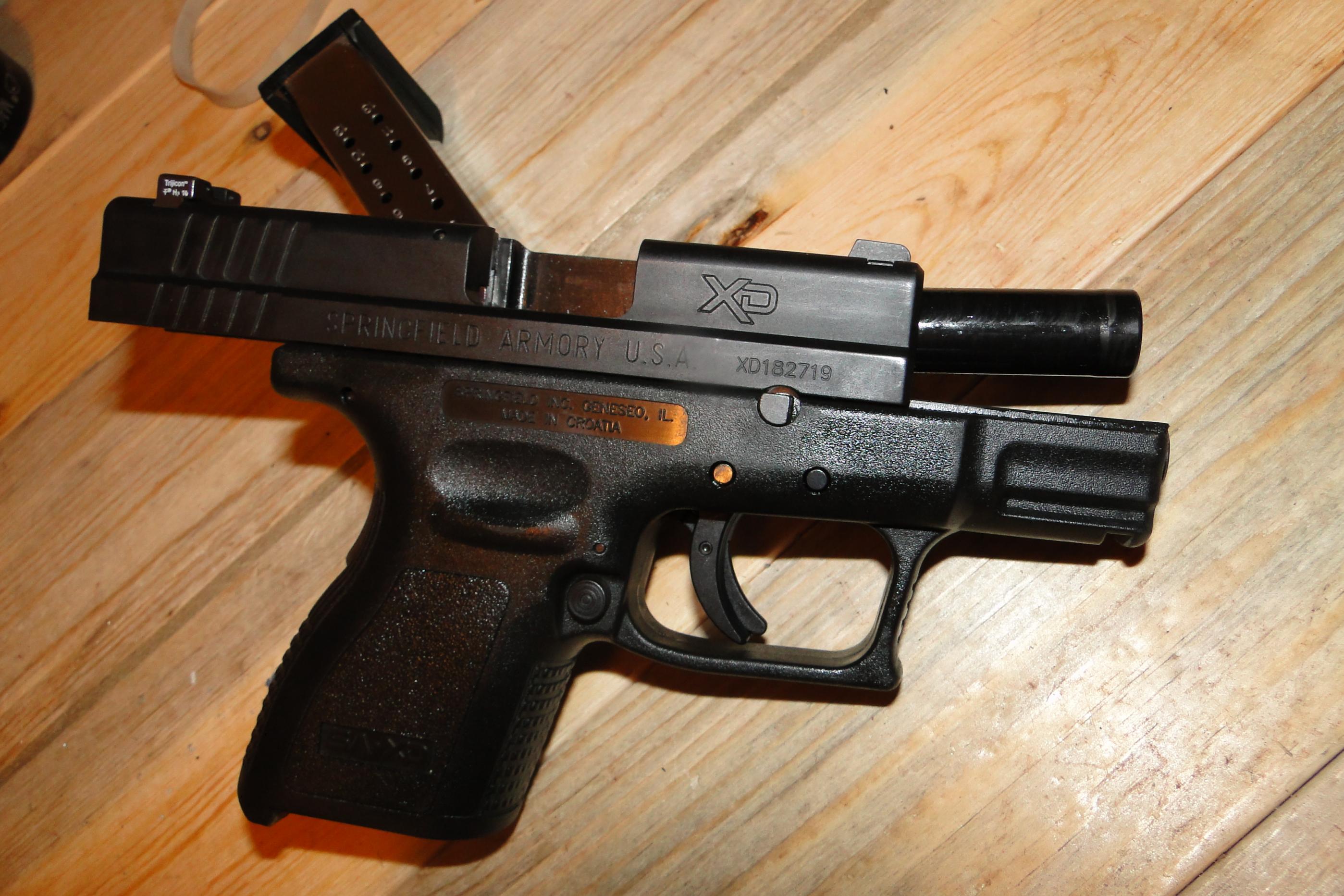 """FS Springfield XD 3"""" 9mm w/ night sights-dsc05491.jpg"""