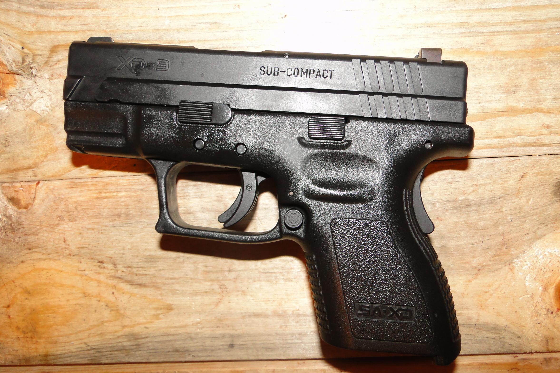 """FS Springfield XD 3"""" 9mm w/ night sights-dsc05495.jpg"""