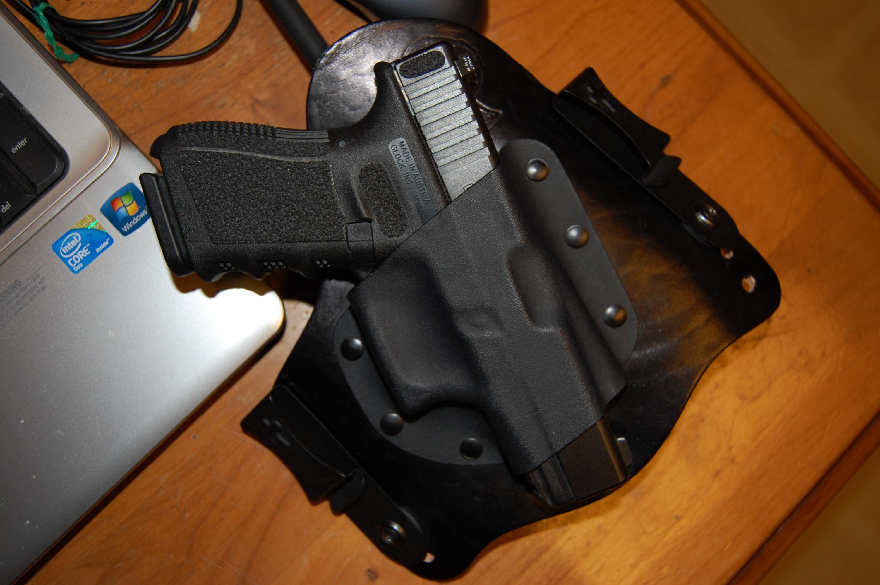 Supertuck pics with guns in.-dsc_0686.jpg