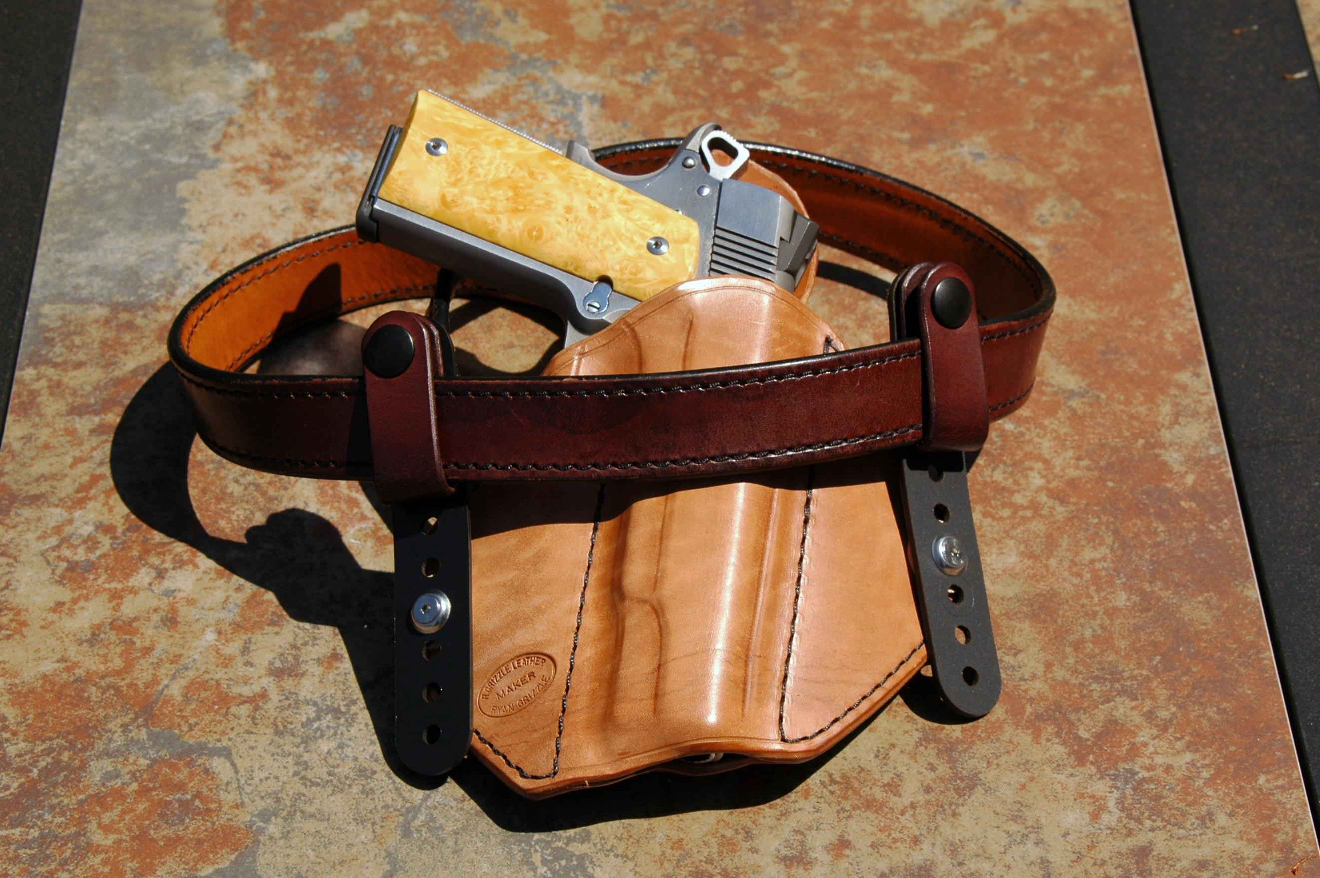 New tuckable holster from Ryan Grizzle-dsc_1116.jpg