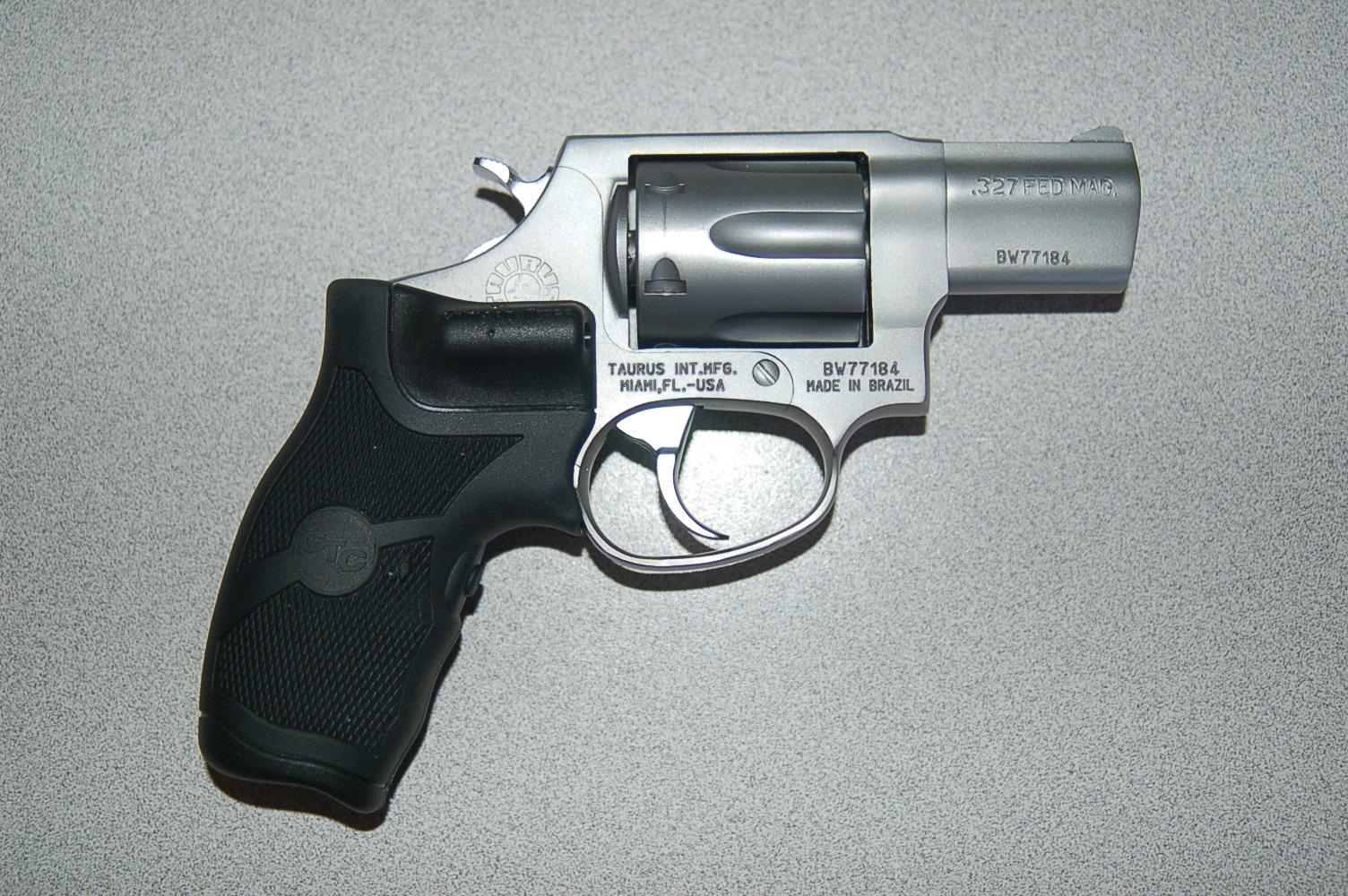 WTS: Taurus Stainless 327 .327 Fed Mag w/Laser Grips: [TX]-dsc_2462.jpg