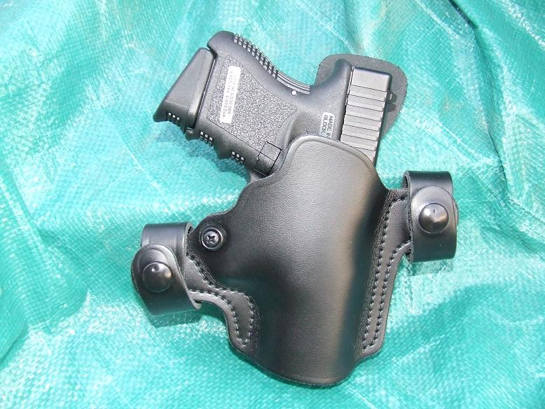 I am considering 3 new C&C'S, any thoughts  tauus 40 mil pro, glock 27, H&K P2000SK-dscf0388.jpg