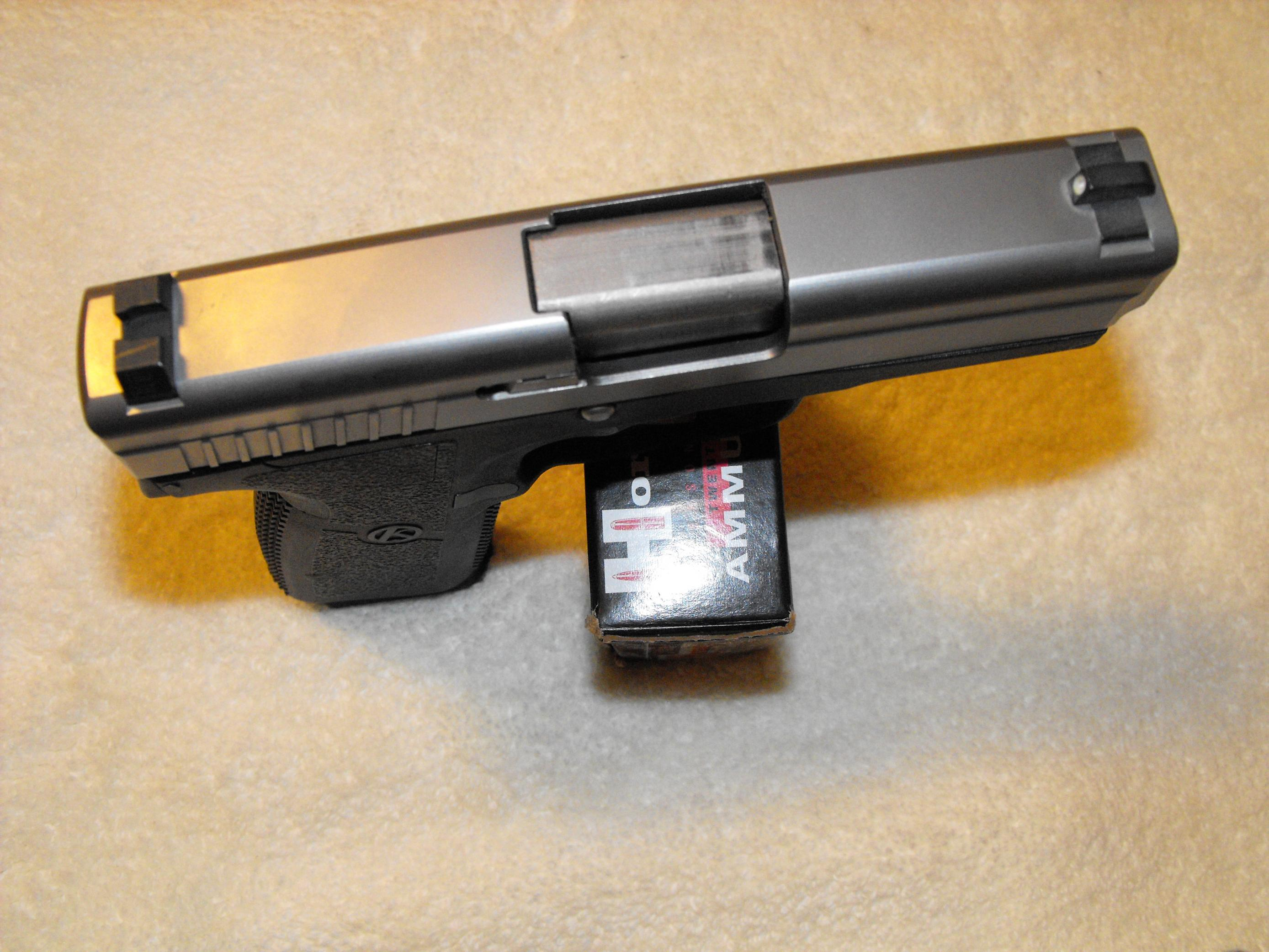 Please recommend a very concealable 45 ACP that's not a 1911-dscf0414.jpg