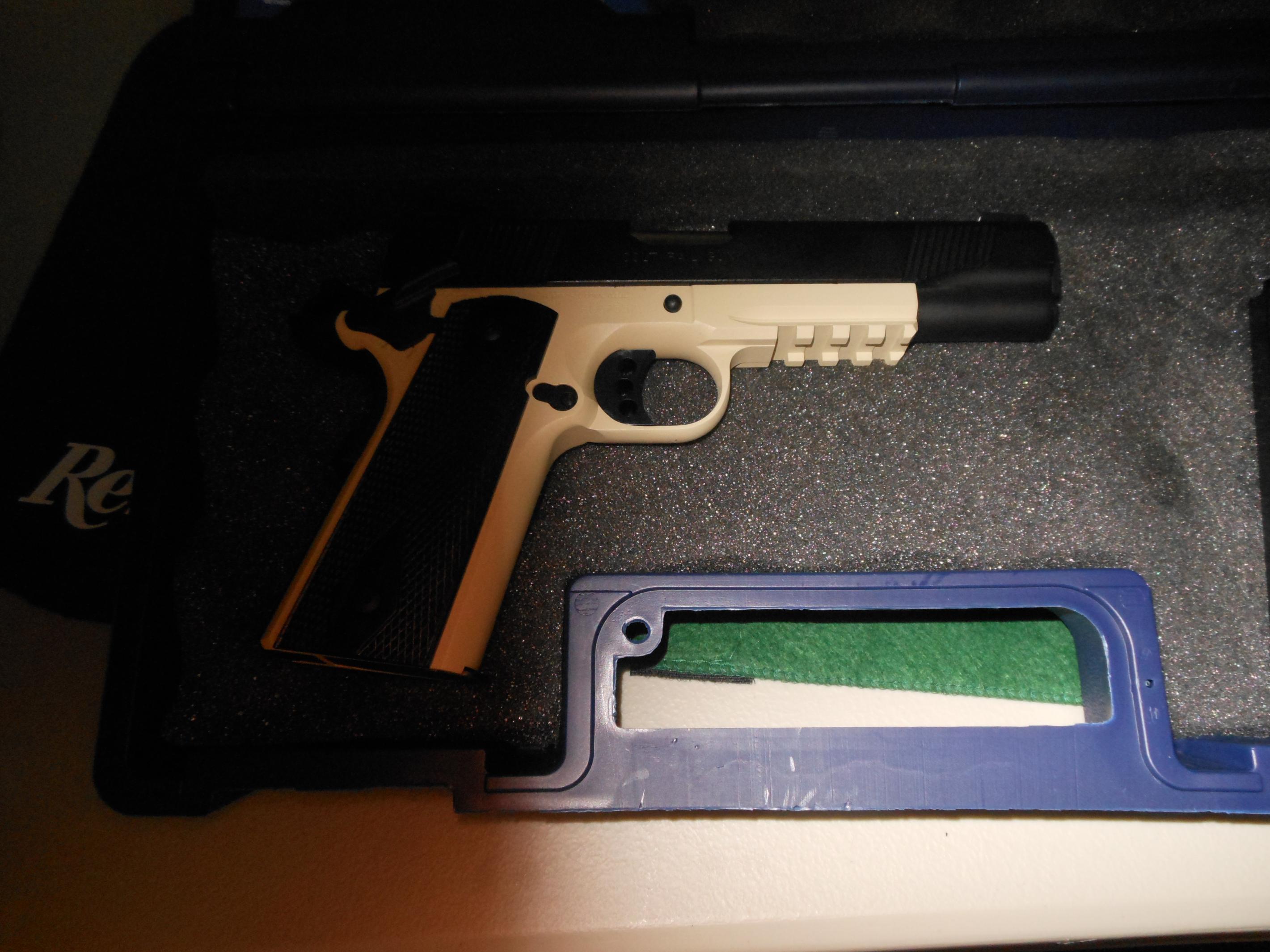 New Colt Rail Gun-dscn0087.jpg