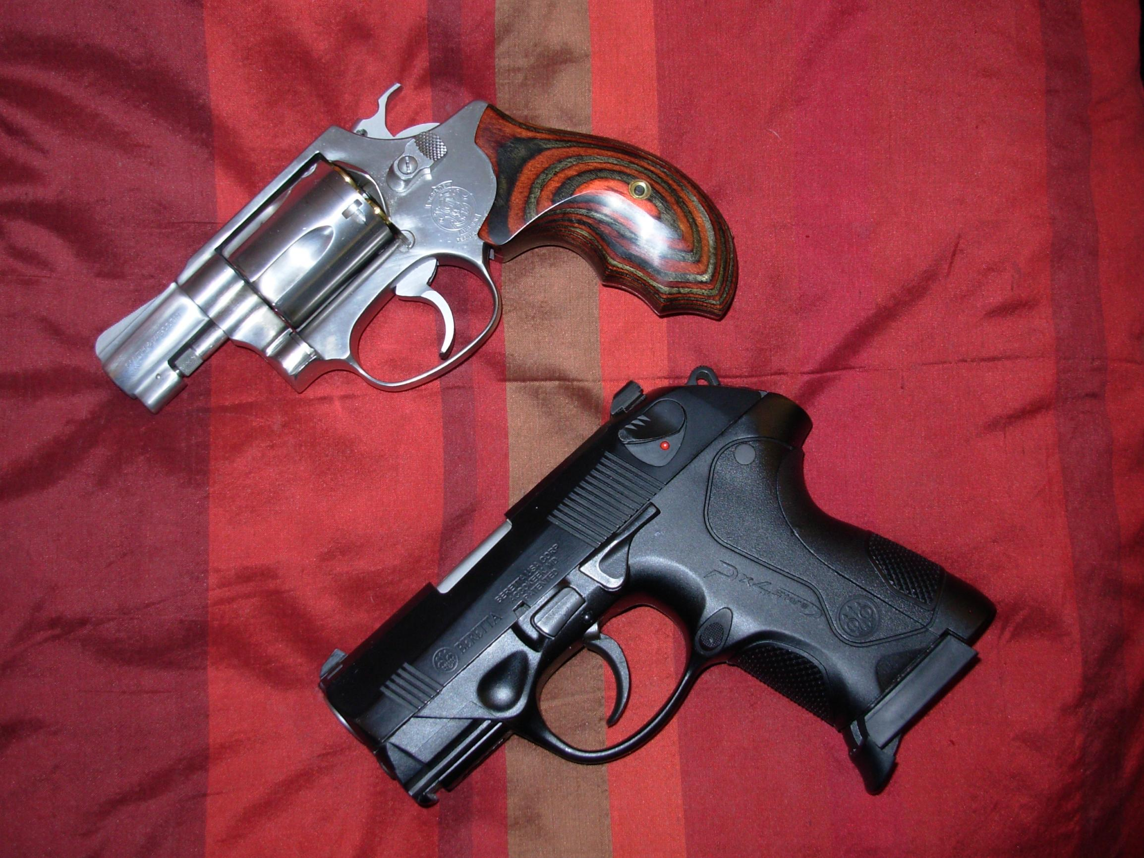 S&W snubby that is steel...-dscn0420.jpg
