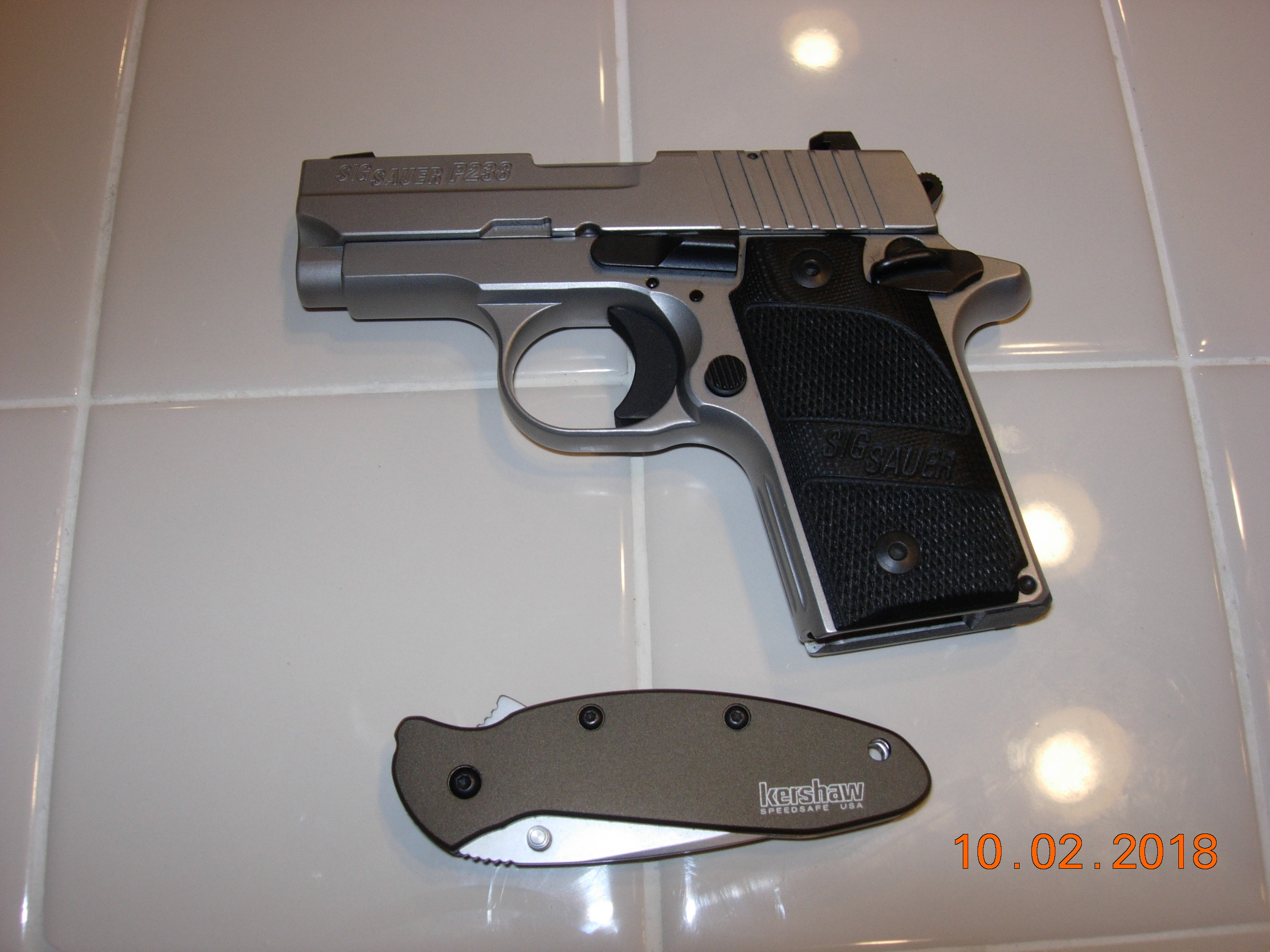 Considering a pocket 380......What do you carry and why?-dscn0541.jpg