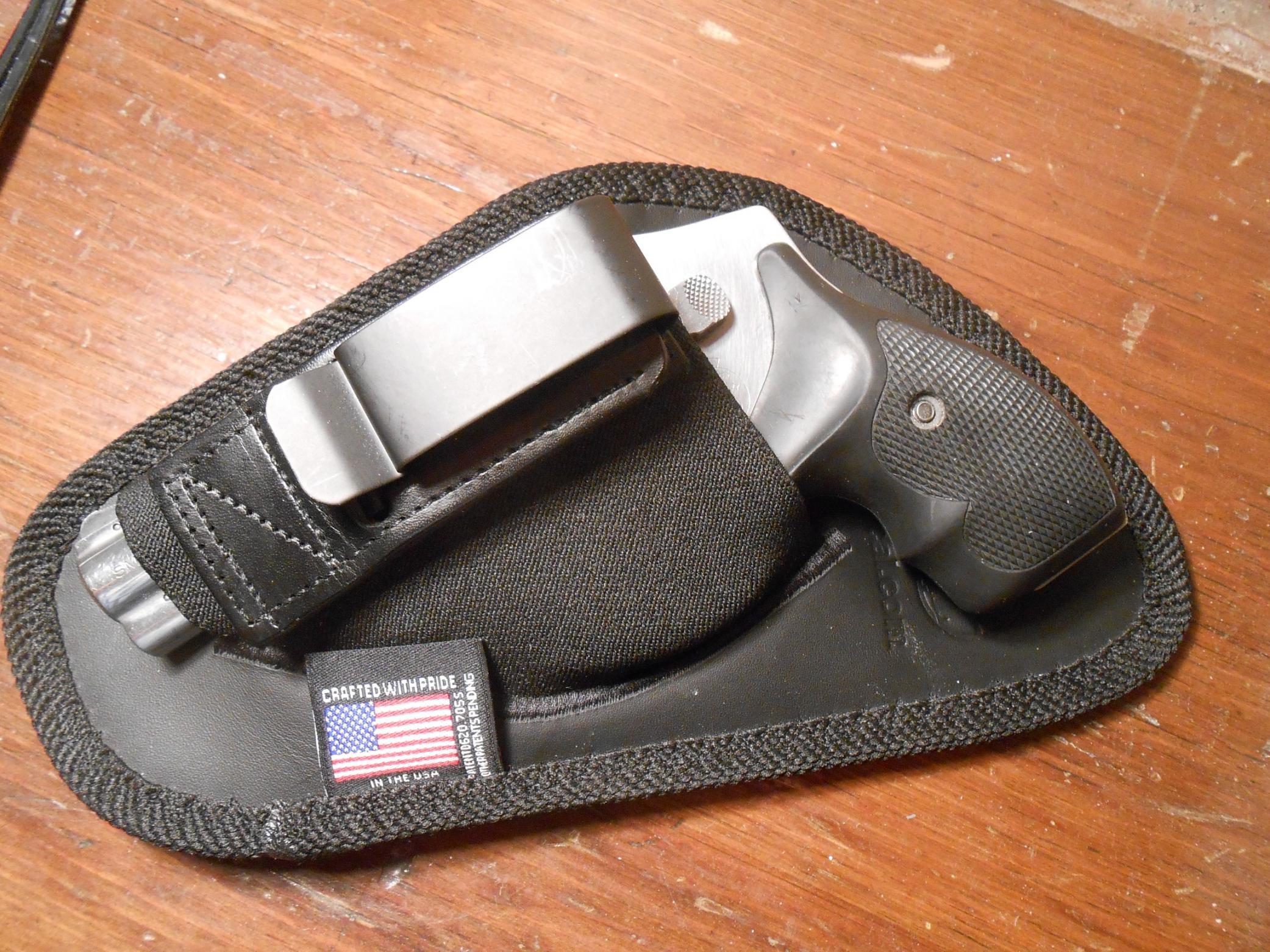 WTS- Left-handed revolver holsters.-dscn1005.jpg