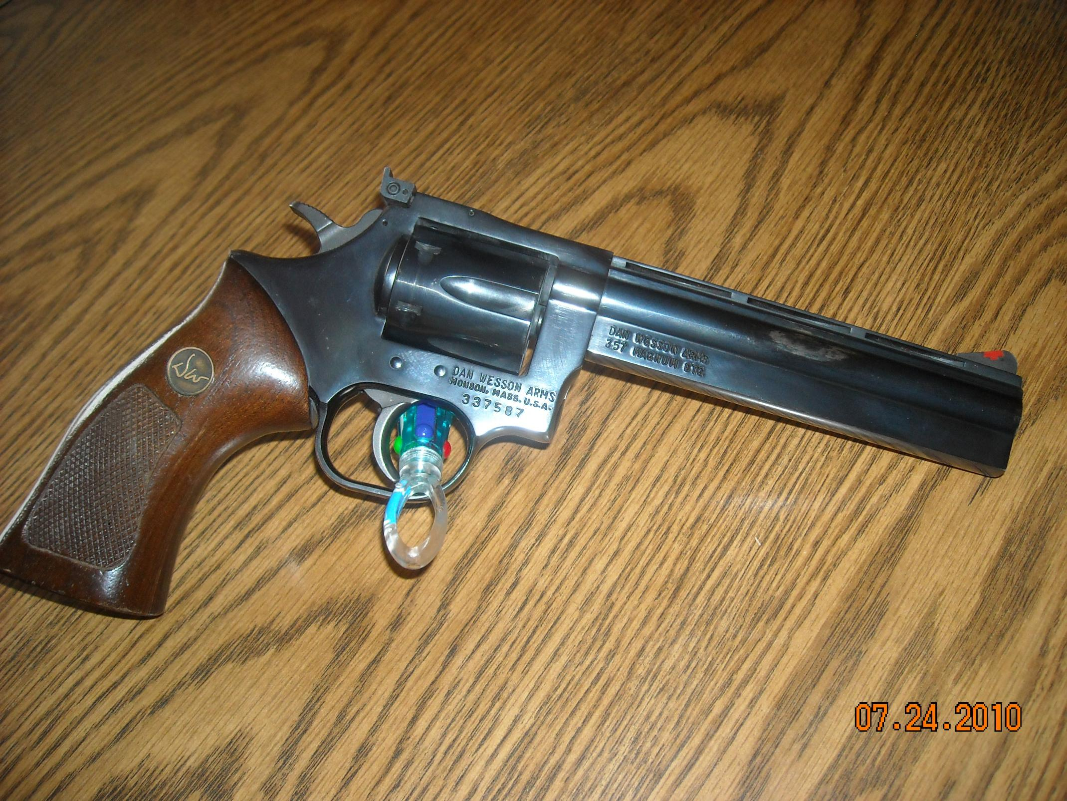 Dan Wesson Revolvers are becoming a fixation – Picture Heavy