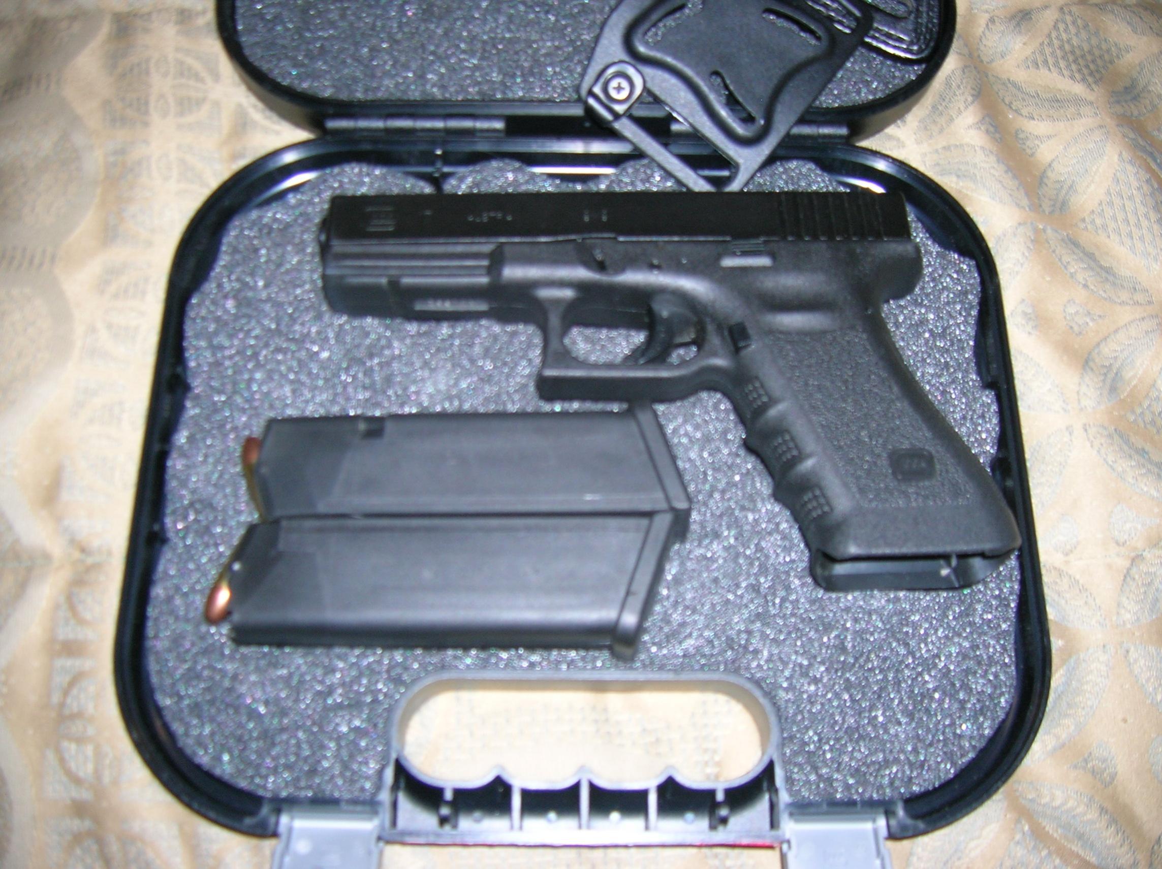 Glock 17 for trade - VA Beach, Richmond, Roanoke-dscn2165.jpg