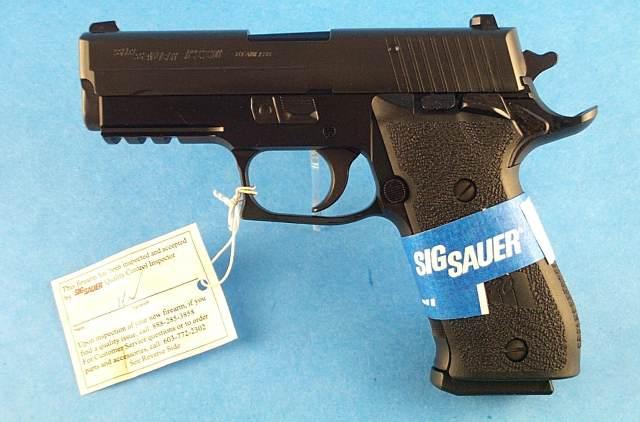 FS: LNIB Sig P220 R Carry SAO - Elite Frame w/ 3 Mags [VA]-dscn5673.jpg