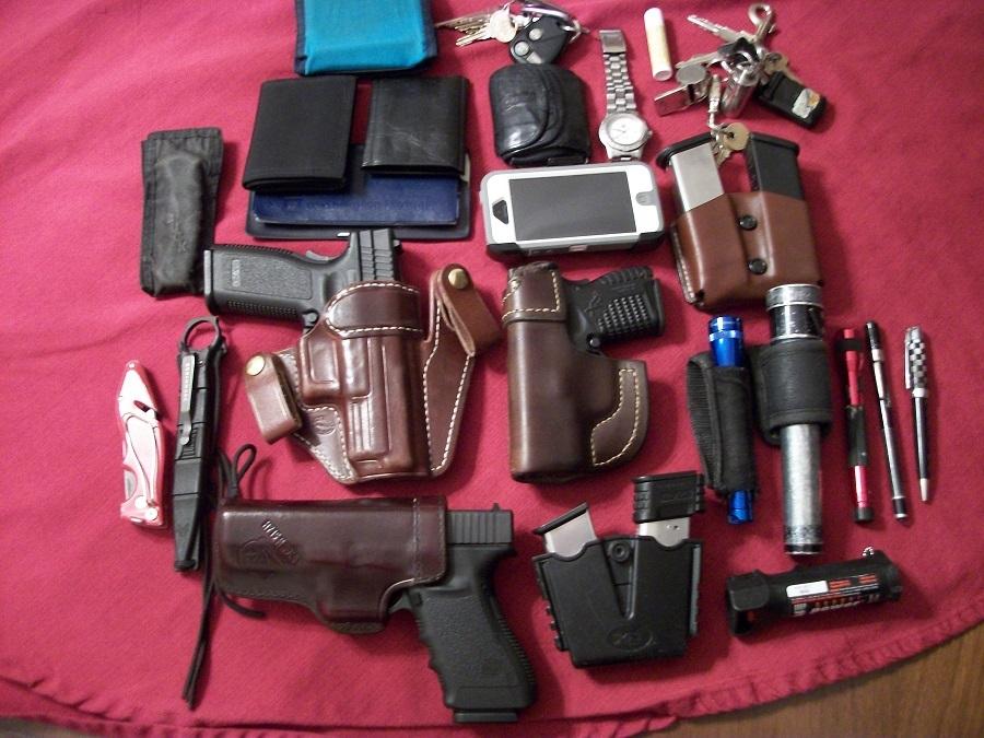 How do you carry your flashlight?-edc-1-2-2-24-2014-001-copy.jpg