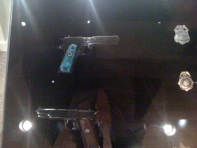 Guns of Elvis-elvis3.jpg