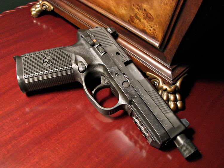 First Shots: FNX9 Pistol-fnh-45-tactical.jpg