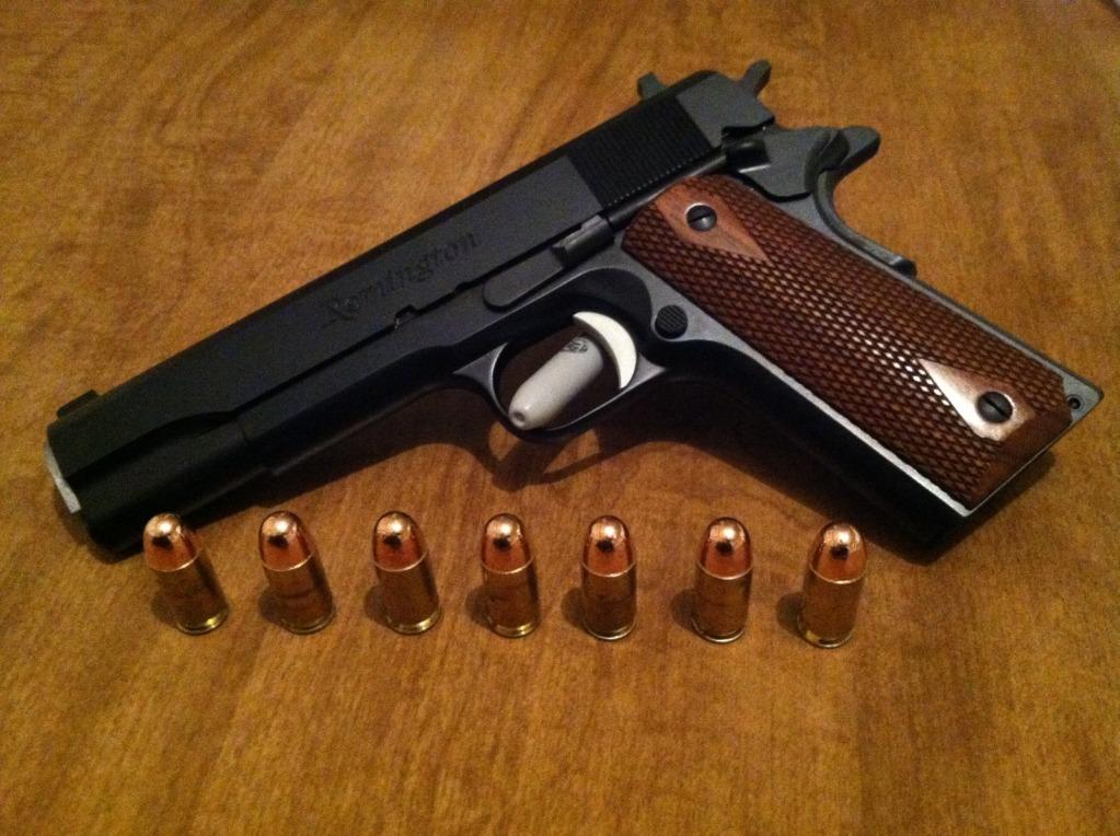 Remington R1 - 1911 Shoulder Holster-full1911.jpg