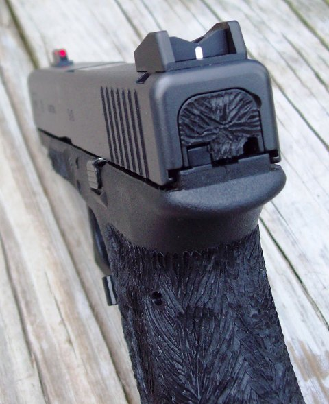 """Is the """"Feel"""" of a handgun over rated?-g19-fb-c.jpg"""