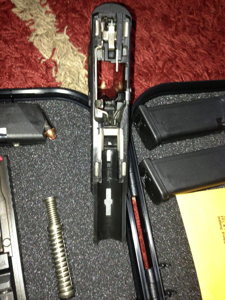 FS: Glock 23 gen4 <1000 rds : Milwaukee WI-g232.jpg
