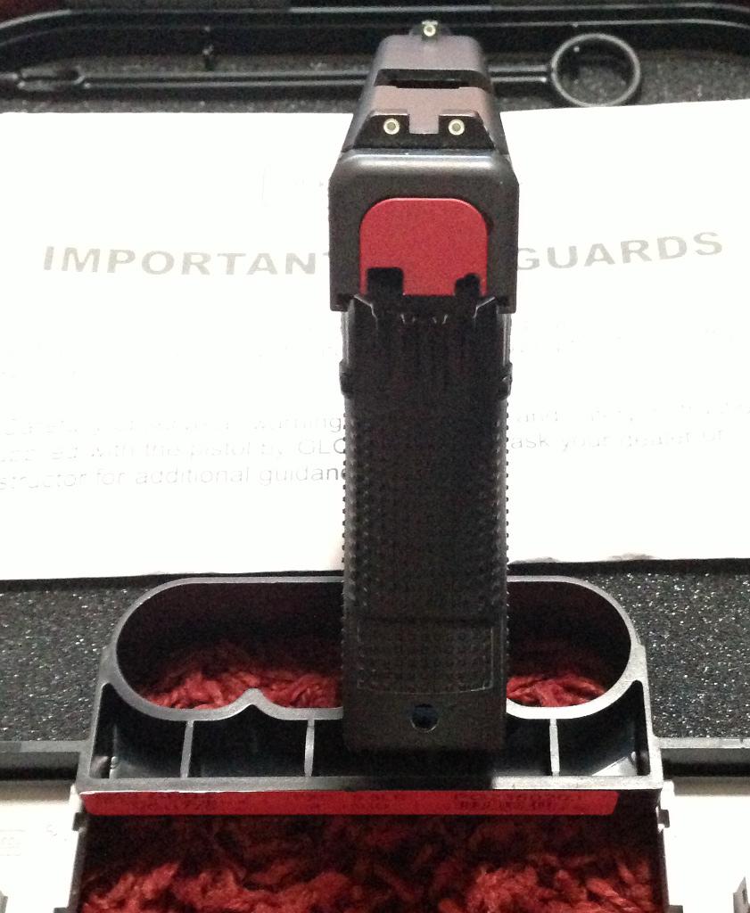 FS: Glock 23 gen4 <1000 rds : Milwaukee WI-g236.jpg