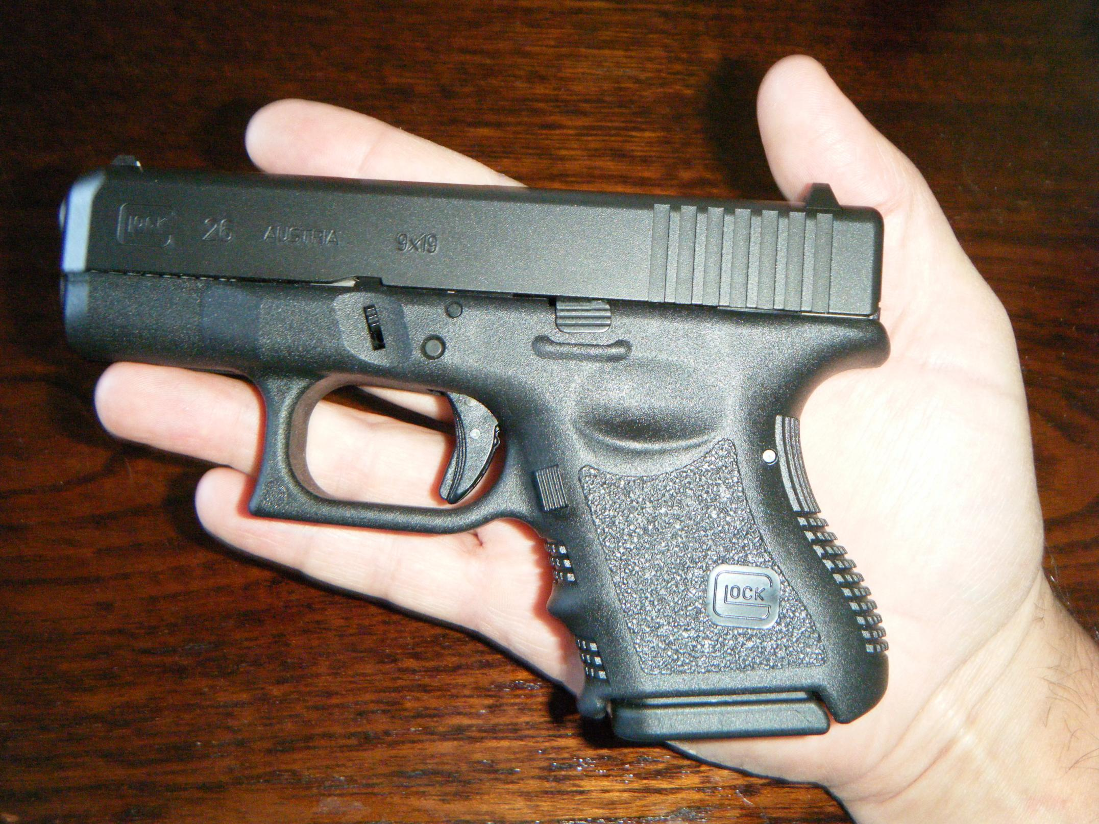 Oh yeah - another new Glock!-g26.jpg