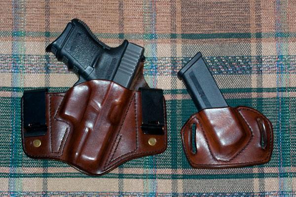 Gotta love HBE!-glock-leather.jpg