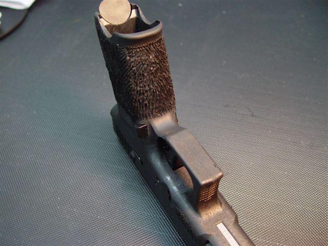To stipple or not to stipple?-glock-stipple.jpg