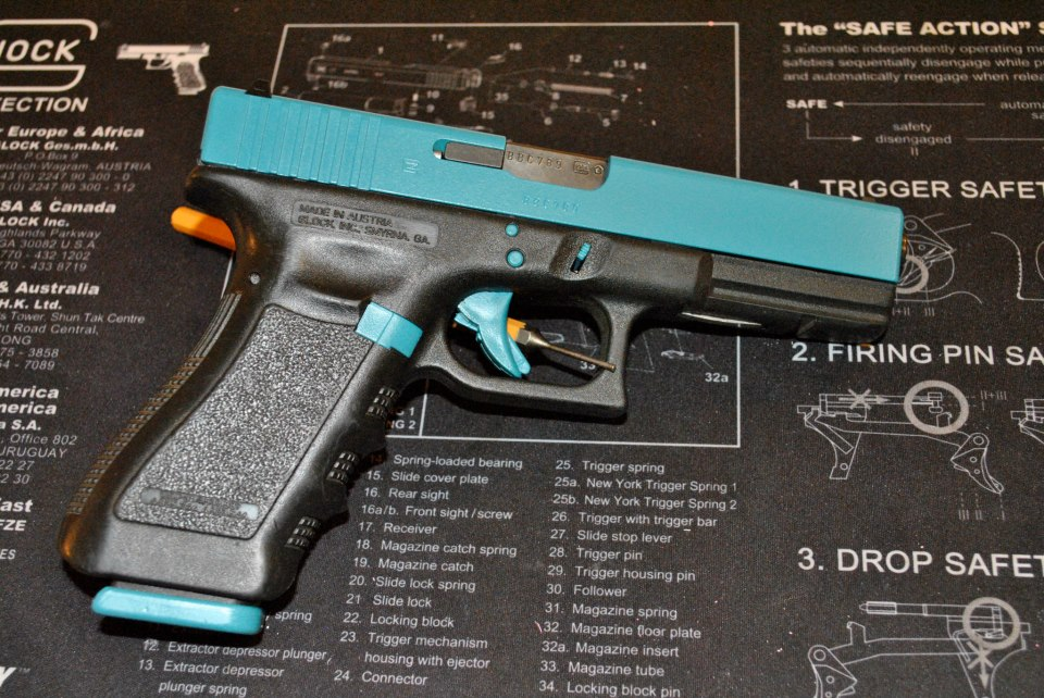 Just DuraCoated: Teal Glock 17 and Pink Lady RIA 38 Special-glock17teal.jpg