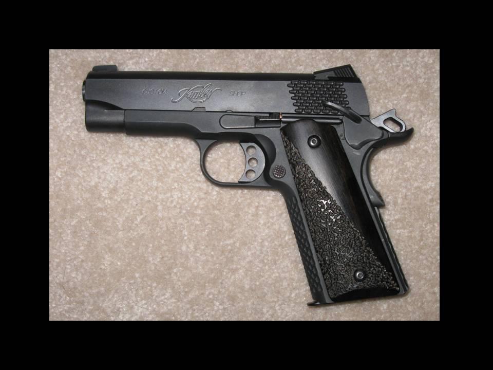 Links to your CC .45 Pistol?-grips2.jpg